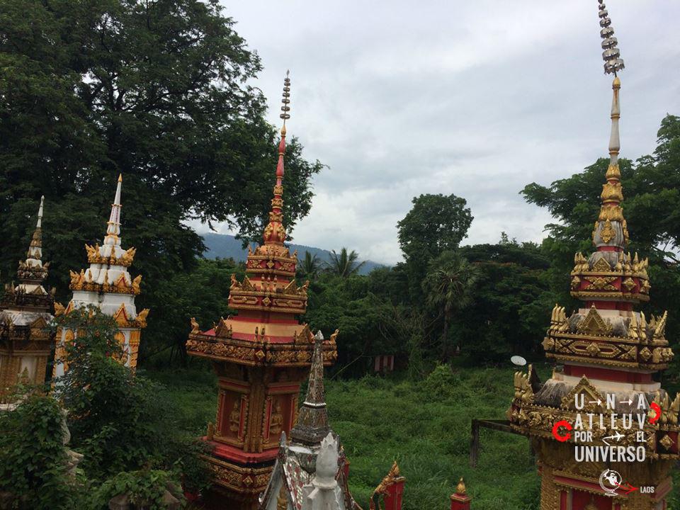 Laos - Pakse - Una vuelta por el Universo