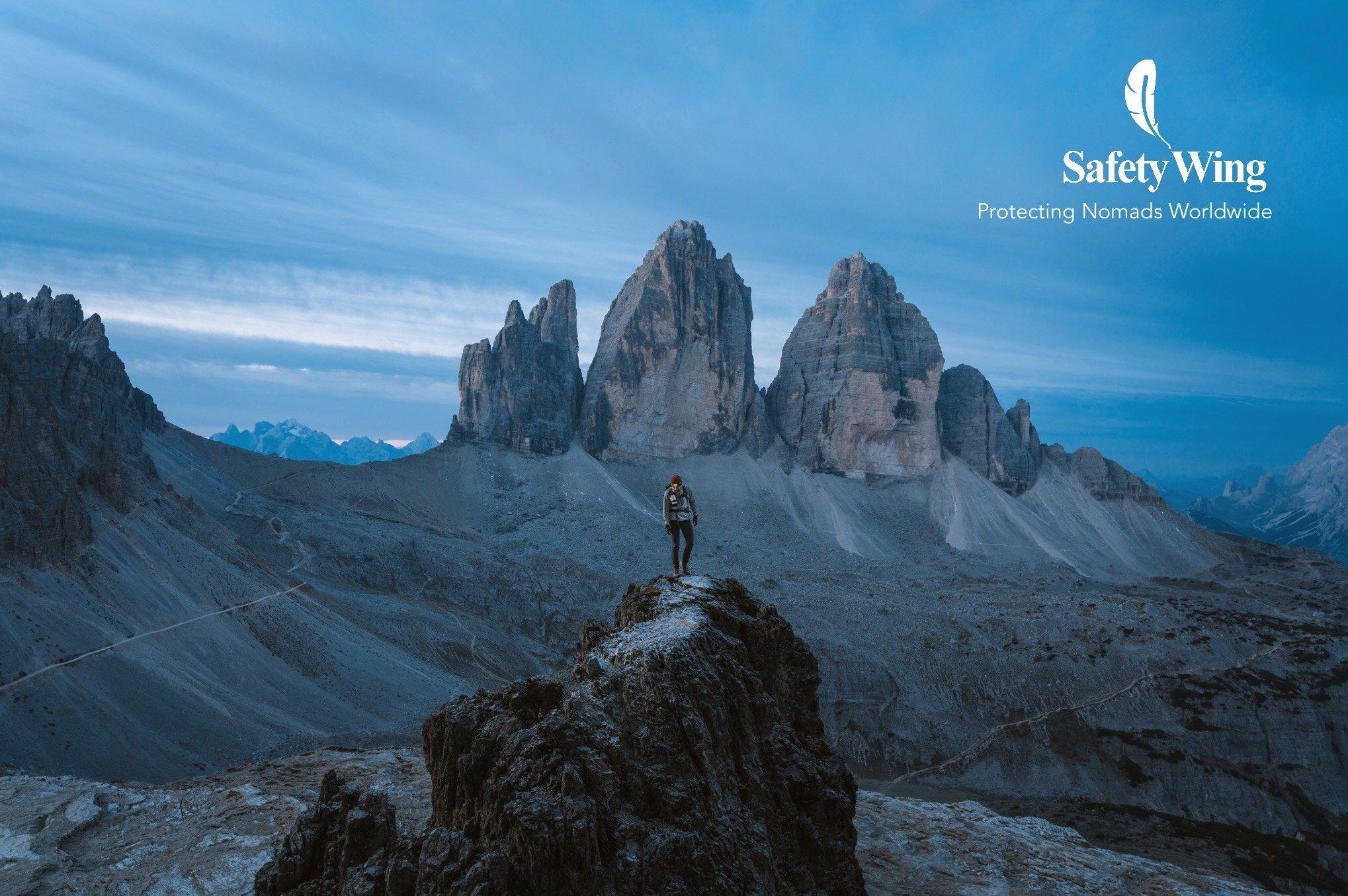 Safety Wing - Una Vuelta por el Universo