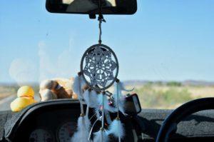 ❤️Este atrapa sueños viaja a todos lados con nosotros. Sigue el #roadtrip  . . . #workingholiday #road #nissan #wa #westernaustralia #australia #justanotherdayinWA #friends #instagram #instaphoto #instagramer #instatravel #travel #traveller #travelingram #traveling #travelblog #blog #blogger #unavueltaporeluniverso #nomad #nomade #nomadlife #vidanomade #backpacker #backpackerlife