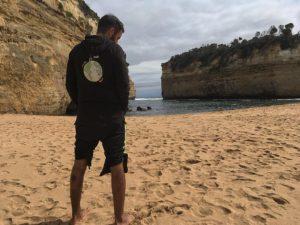 Loch Ard Gorge,  . . . #lochardgorge #greatoceanroad #victoria #australia #oceania #unavueltaporeluniverso #mochila #mochilero #roadtrip #backpacker #backpackerlife #nomad #nomade #nomadlife #vidanomade #travel #traveller #traveling #travelingtheworld #wanderlust #workingholiday