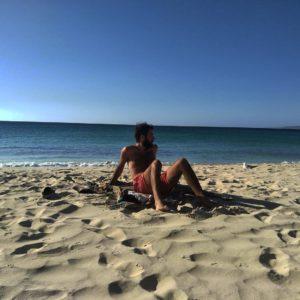After office   .  Hamelin Bay,  . . #hamelinbay #bay #margaretriver #southwest #wa #westernaustralia #australia #instagram #instatravel #travel #traveller #traveling #travelingram #livingthedream #unavueltaporeluniverso #nomad #nomadlife #vidanomade #mochila #mochileros #backpacker #backpackerlife