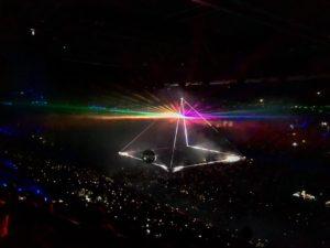 Roger Waters  @rogerwaters .  Perth,  . .  #unavueltaporeluniverso #rogerwaters  #paradise #concert #perth #wa #westernaustralia #australia #instagram #instatravel #travel #traveler #traveling #travelingram #livingthedream #nomad #nomadlife #backpacker #backpackerlife #mochilero #vidanomade