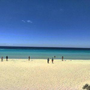 Agus cristalinas    .  Eagle Bay,  . . . . . #lacomuviajera #unavueltaporeluniverso #eaglebay #paradise #road #margaretriver #southwest #wa #westernaustralia #australia #instagram #instatravel #travel #traveler #traveling #travelingram #livingthedream #nomad #nomadlife #backpacker #backpackerlife #mochilero #vidanomade