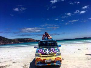 Definicion de paraiso: ♂️ .  Cape Le Grand,  . . #unavueltaporeluniverso #iamtb #van #capelegrand #nationalpark #beach #paradise #wa #westernaustralia #australia #southwest #aussie #aussiedays #igaustralia #travel #traveling #traveller #nomad #nomade #nomadlife #backpacker #backpackerlife #mochilero #instagram #instatravel #roadtrip