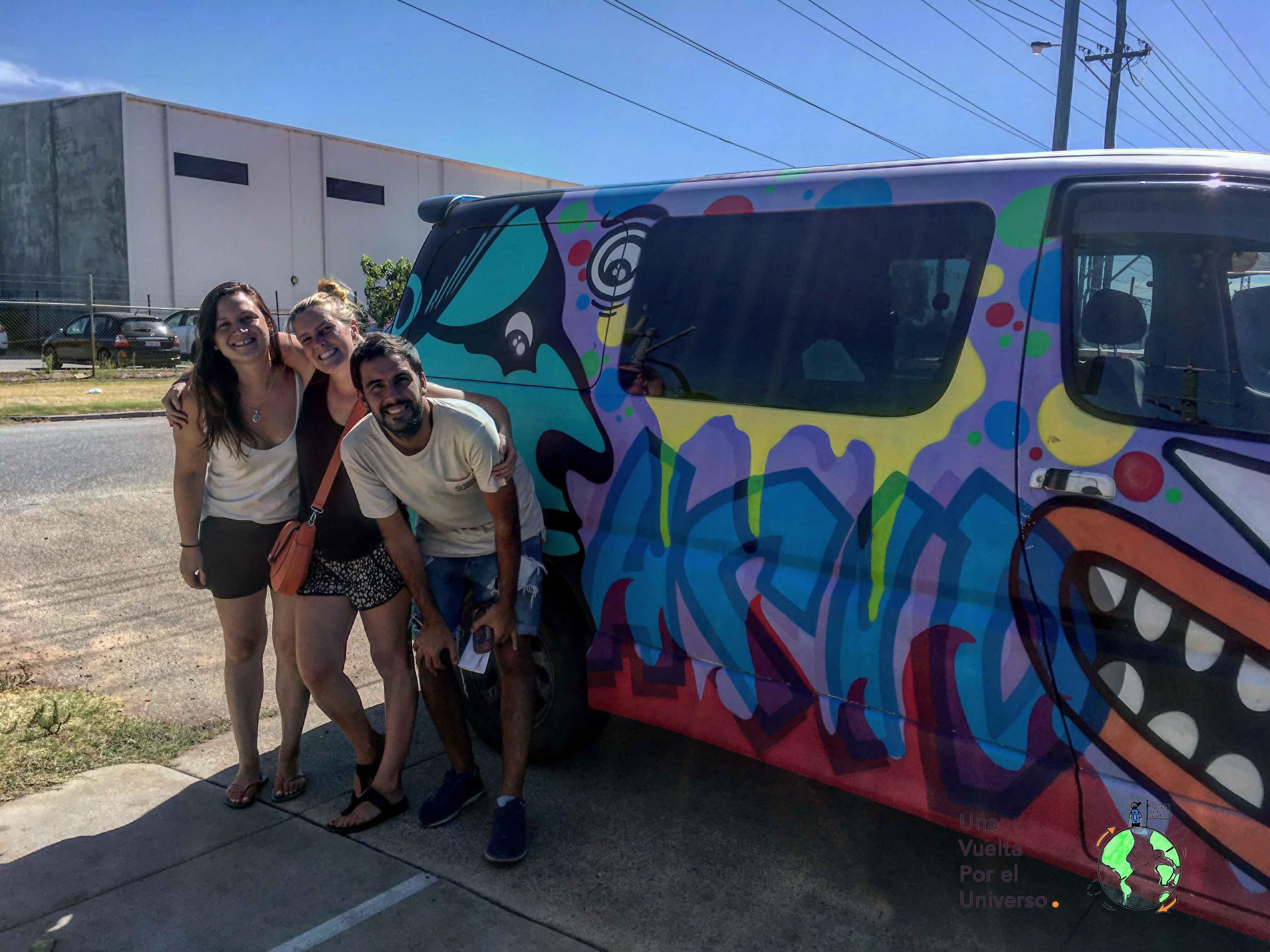 En Australia vino una amiga de Agos y preferimos alquilar una Van y recorrer lo que nosotros quisiéramos, en el tiempo que quisiéramos